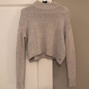 AE cropped turtleneck sweater, size S